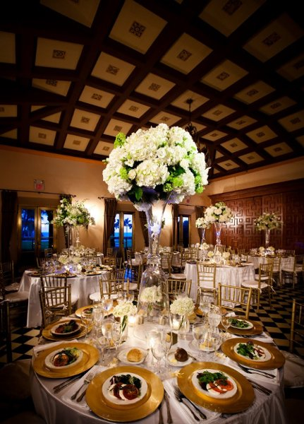 1346952439698 PCSEventMiamiCateringWhiteHydrangeaMiniLimeGreenHydrangeaCenterpiece Miami wedding catering