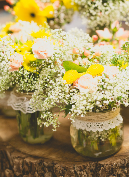 1460130361512 Rustic Flowers Babies Breath And Daisies Miami wedding catering