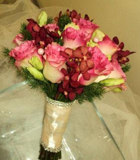 artistic east orlando florist flowers orlando fl weddingwire. Black Bedroom Furniture Sets. Home Design Ideas