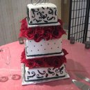 130x130 sq 1306601197973 whiteblackredroseweddingcake