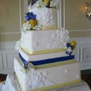 130x130 sq 1306601203036 whiteyellowbluebandweddingcake
