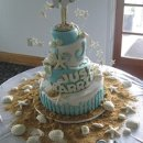 130x130_sq_1306603098848-bluewhitejustmarriedweddingcake