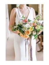 220x220 1492895176 b8b8571f70633858 finch thistle stephanie cristalli chihuly wedding1