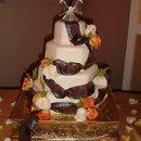 130x130 sq 1298052517393 cake41
