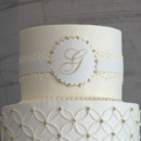 130x130 sq 1404405633460 overlapping circles wedding cake 3