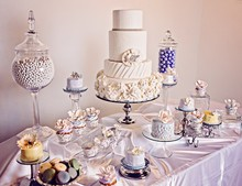 sweet creations cupcakes cakes wedding cake arizona tucson and surrounding areas. Black Bedroom Furniture Sets. Home Design Ideas