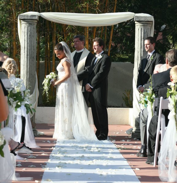 photo 10 of Artistic Arch & Chuppah Rentals by Arc de Belle