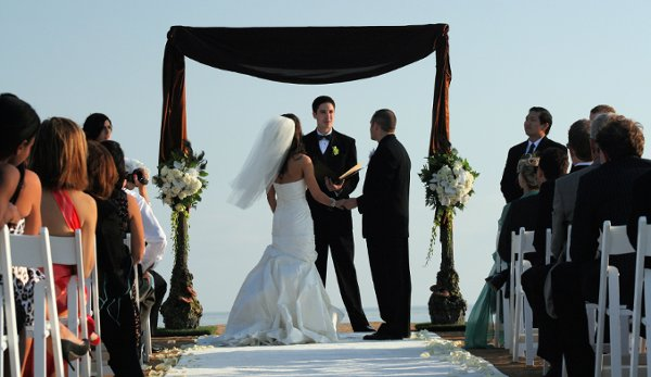 photo 5 of Artistic Arch & Chuppah Rentals by Arc de Belle