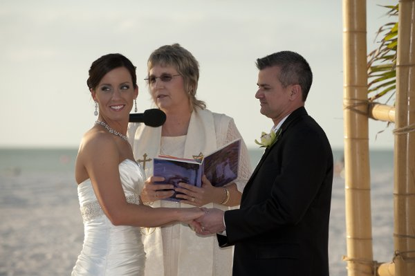 photo 1 of Jill The Wedding Lady
