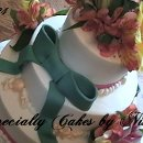 130x130 sq 1289291540126 cakew324