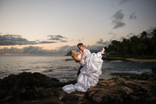 220x220_1396310753621-honolulu-wedding-photographer-joseph-esser-3-of-