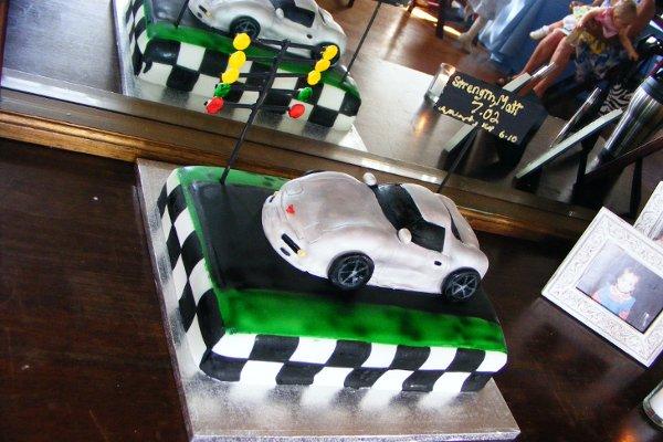 1318305119948 Cakesrus005 Raleigh wedding cake