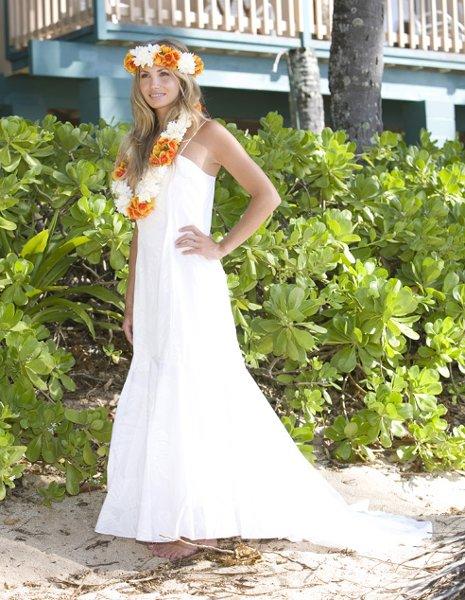 Hawaiian wedding shop waipahu hi wedding dress for Honolulu wedding dress rental