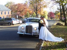 220x220 1266182507468 weddingpic