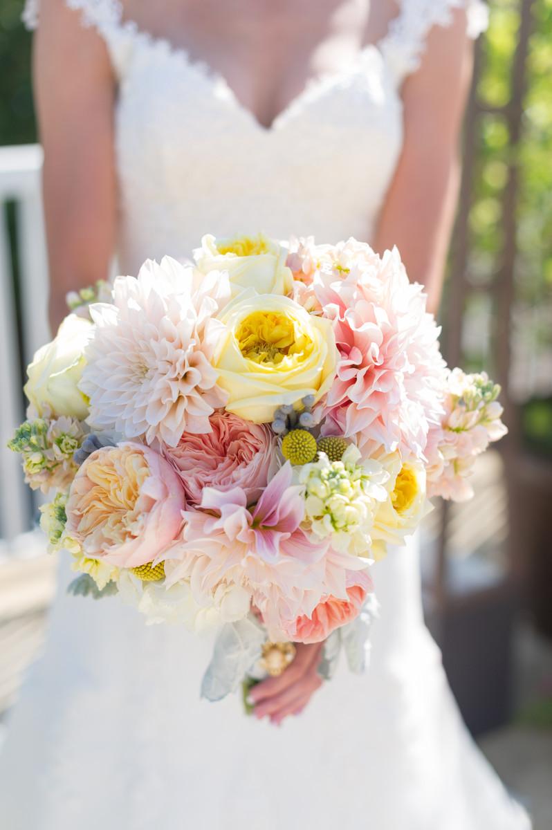 Wallflower designs flowers batavia il weddingwire - Wall flower design ...