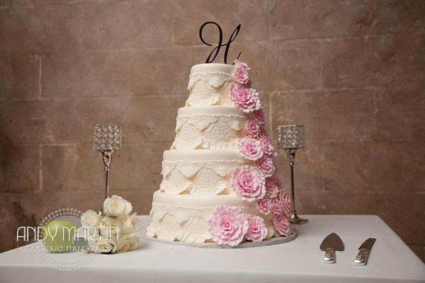 600x600 1361848677309 weddingcakedecorcrystal
