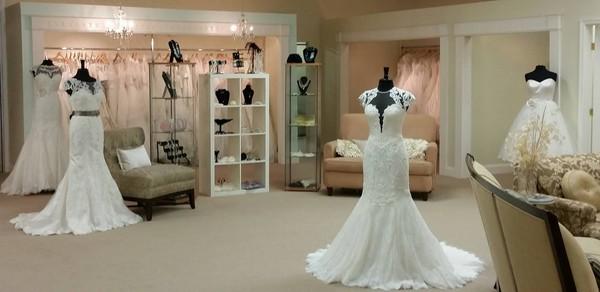 1476813681352 11893942102063992745958505312864672401365316o Fallston wedding dress