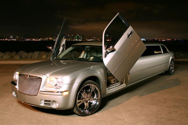photo 2 of ELITE IMAGE LIMOUSINES