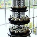 130x130 sq 1296497970938 blackwhitecupcakes