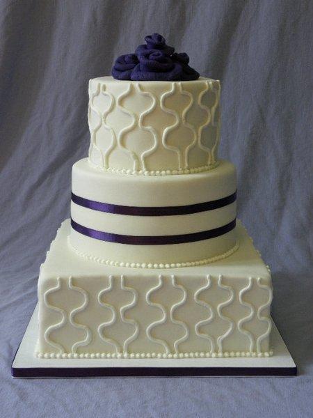 1296498048438 squigglecake st louis wedding cake