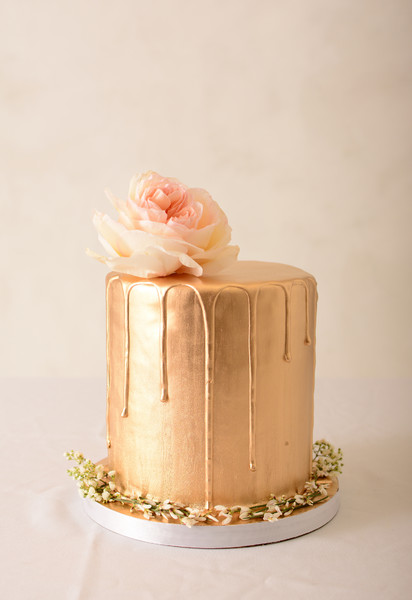 1483634050038 st louis wedding cake