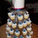 130x130_sq_1319831272187-peackockfeathercupcakes