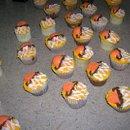 130x130 sq 1271033061018 bballcupcakes