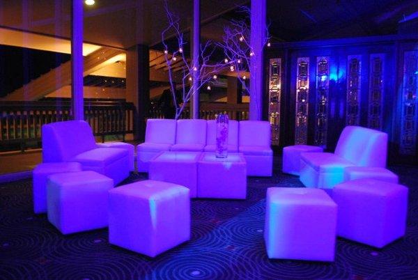 Unik Lounge Furniture & Party Rentals - Houston 713-471-9530 - San