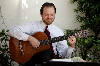 Spanish and Classical Guitar: William Wilson