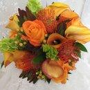 130x130_sq_1351189425322-orangebouquet