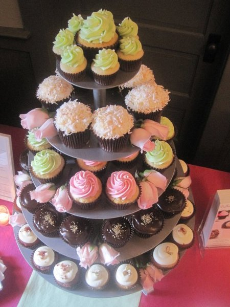 photo 4 of Bella Cupcake