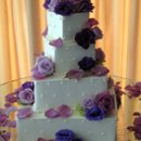 130x130 sq 1269891042137 cake10