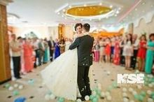 220x220 1472501177 35d087b41e705c72 1472500862885 bride  groom dancing with balloons mse productions