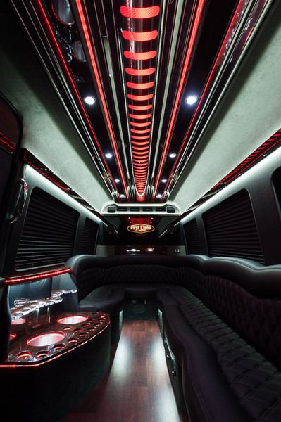600x600 1404148614321 limo sprinter interior 1