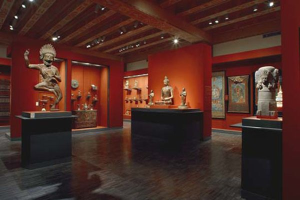 photo 12 of Asian Art Museum