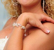 220x220 1287696040326 weddingwirepic