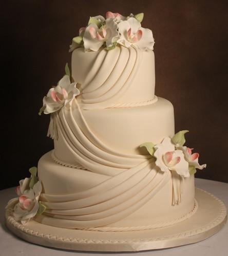 edda 39 s cake designs miami fl wedding cake. Black Bedroom Furniture Sets. Home Design Ideas
