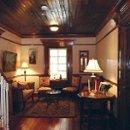 130x130 sq 1249663338883 upstairshallway