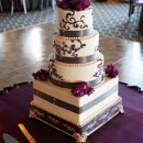 130x130 sq 1319554472680 weddingcake