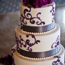 130x130 sq 1319554556234 weddingcake2