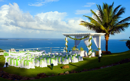 Biz Buzz: Elcon named resort manager at Vista Collina ...