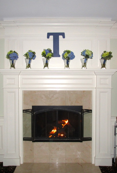 600x600 1430409255420 bouquets on mantle wfire on