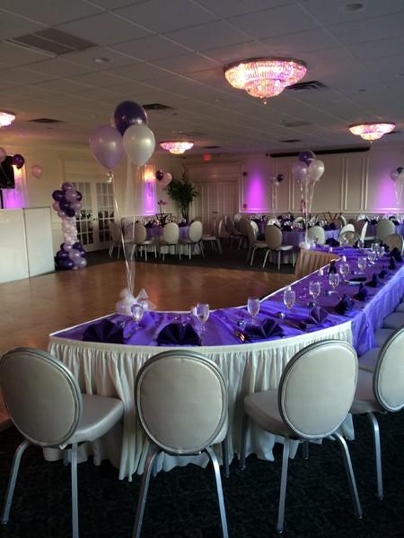 600x600 1452625997858 ballroom balloons