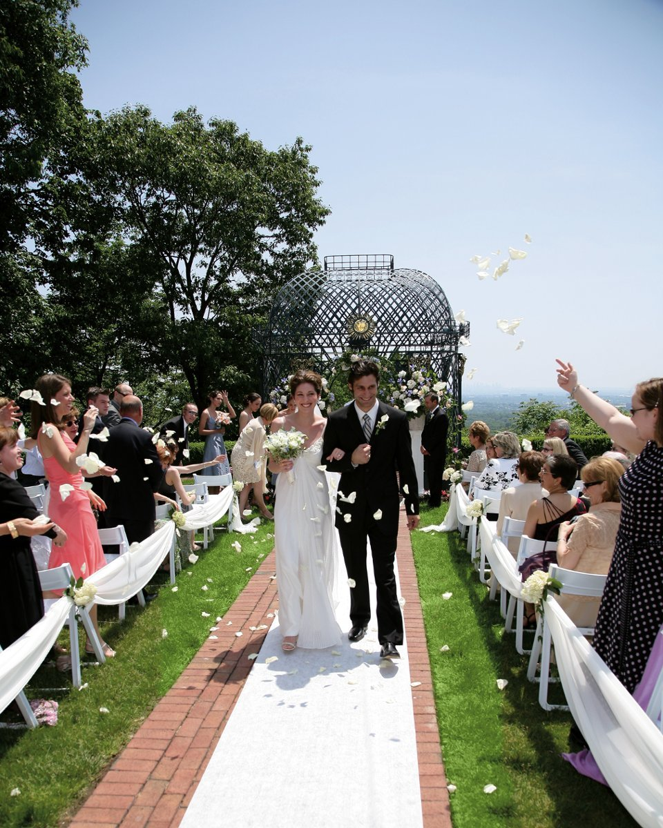The Wedding Wire: Highlawn Pavilion