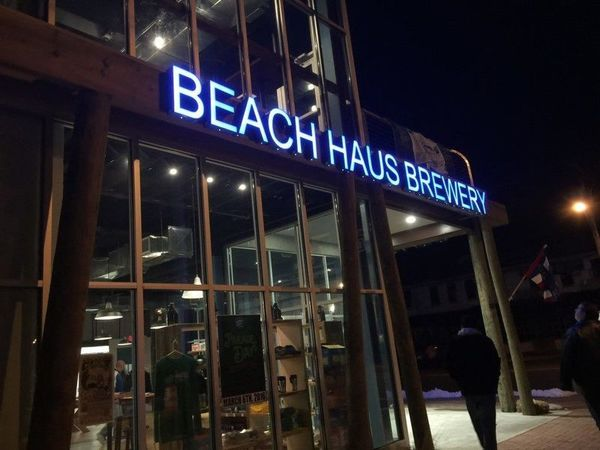 600x600 1521057302 eb556201fe7a43ca 1521057301 a5e24d28cbf4766c 1521057301586 2 beach haus brewery