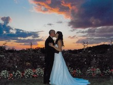 220x220_1389989945503-sunset-bride-groom-hh-pho