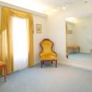 130x130 sq 1416568057875 fitting room