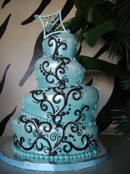 1330965503457 Custom14 Phoenix Wedding Cake