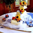 130x130_sq_1411401827778-cake-with-fresh-flowers-