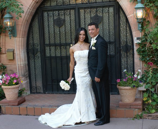 1317767418303 GraceDavidFrontDoor Manitou Springs wedding venue